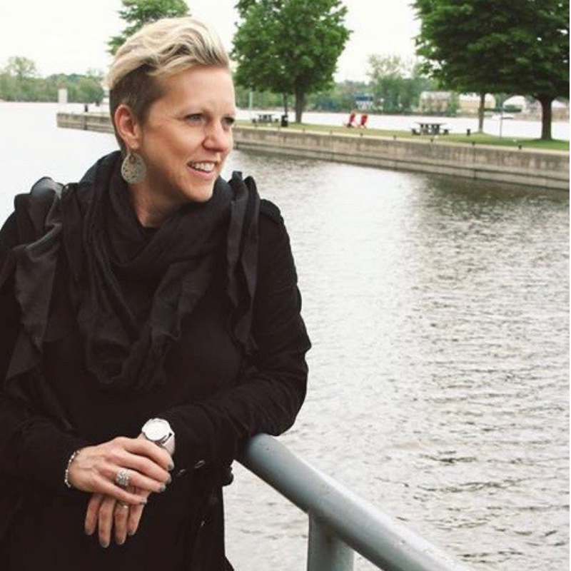 Présidente de l'APEQ : Heidi Yetman